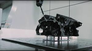 Liga Metálica para Motor de Automóvel
